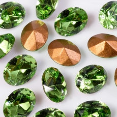 Strass Oval Swarovski art. 41302 base conica Peridot 6x4mm