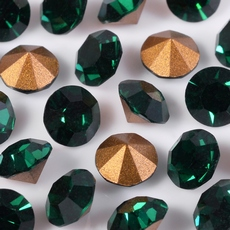 Strass Oktant base conica Emerald SS32  6,68mm