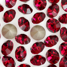 Strass Mc Chaton Maxima Preciosa art. 431 11 615 base conica Ruby SS39D8,20mm